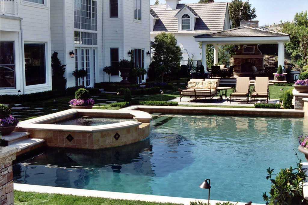 106 - Alderete Pools, Inc.