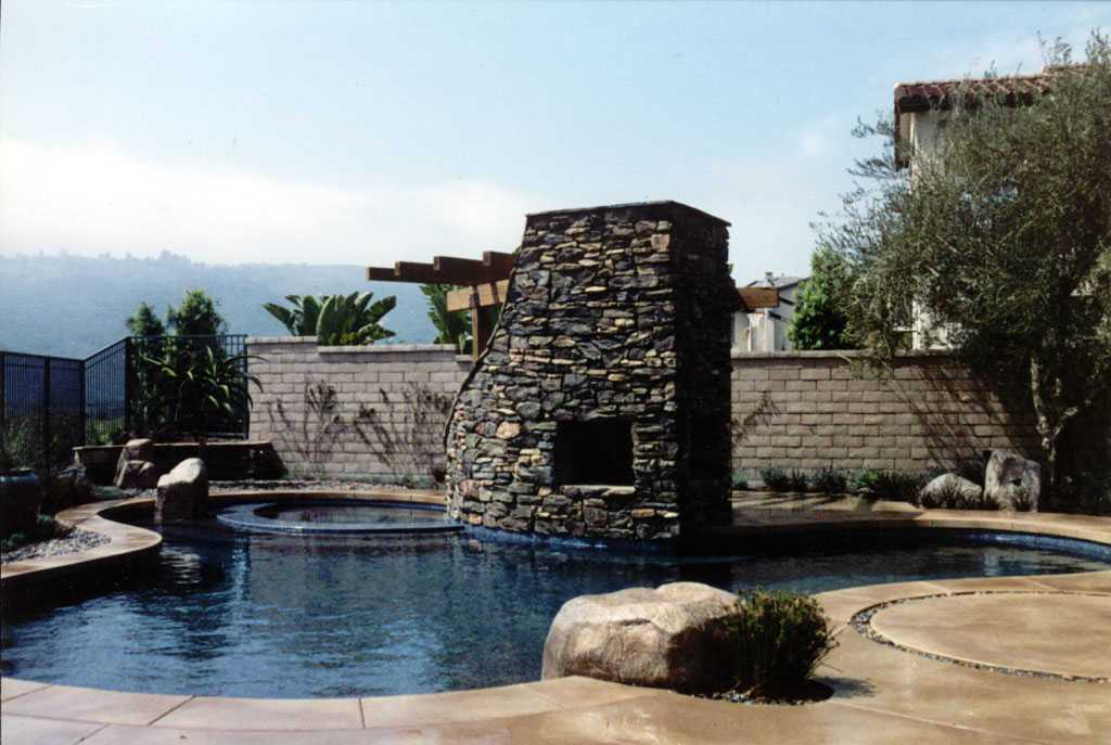107 - Alderete Pools, Inc.